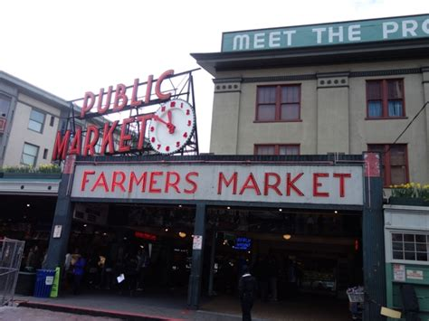 Pike Place Market(パイク・プレイスマーケット)をぶらり散歩
