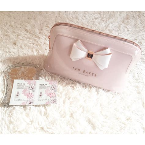 TED BAKER - 【美品】TED BAKER テッドベイカー ペールピンク ポーチ