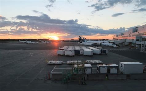 Ted Stevens Anchorage International Airport アンカレッジ空港 | usajpn